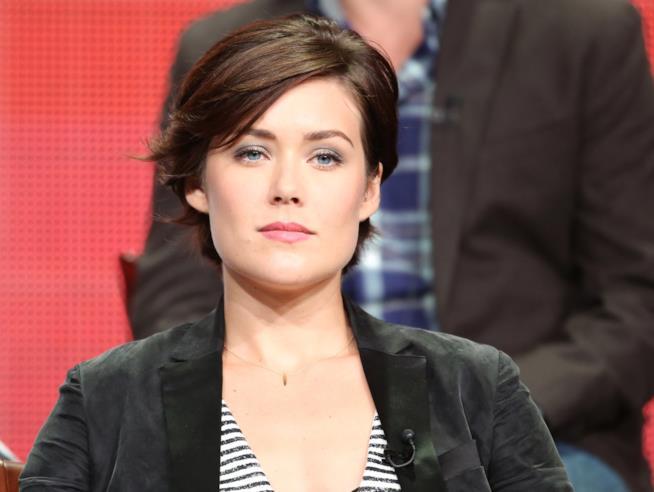 Megan Boone in un'immagine promozionale