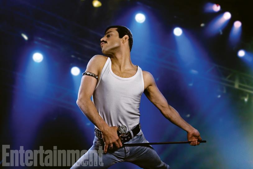 Rami Malek interpreta Freddy Mercury sul palco