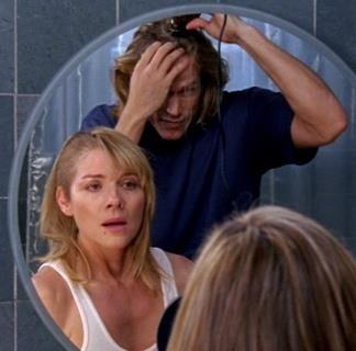 Samantha e Smith si rasano i capelli
