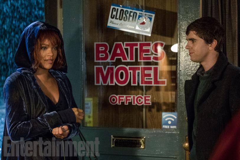 Rihanna incontra Norman Bates