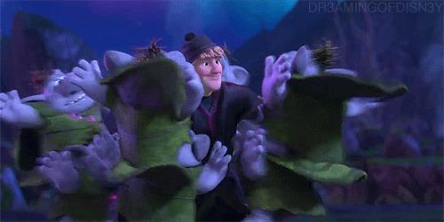 I troll e Kristoff in una scena di Frozen