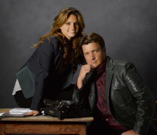 Castle e Beckett in un'immagine promozionale della serie Castle