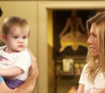 Ross, Rachel e la piccola Emma in una scena di Friends