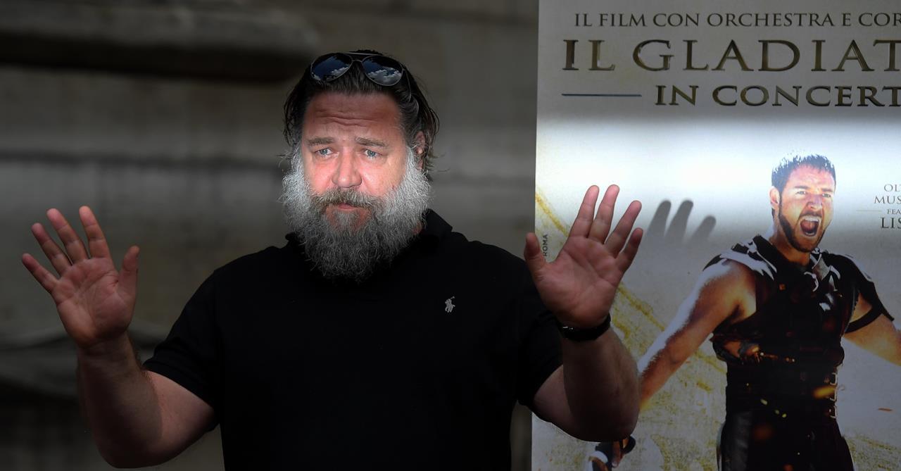 Russell Crowe in conferenza stampa parla de Il Gladiatore