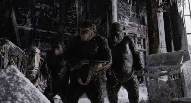 The War: Il Pianeta delle Scimmie, le scimmie pronte all'attacco