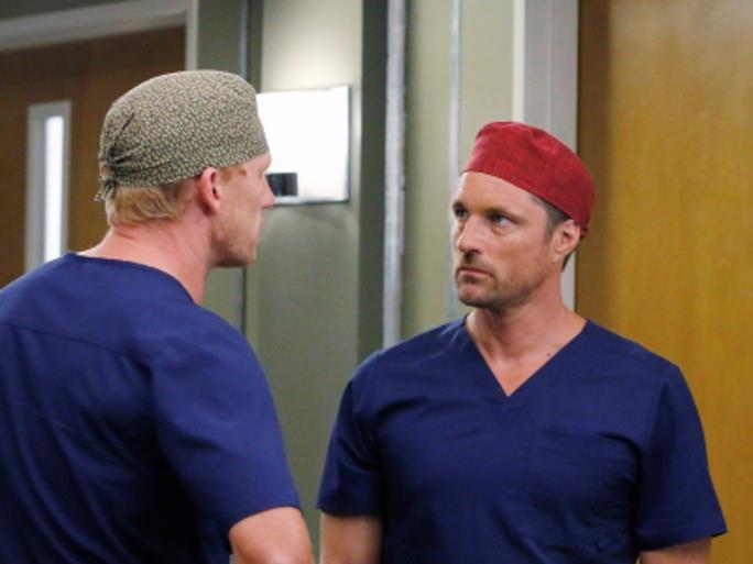 Kevin McKidd e Martin Henderson in una scena di Grey's Anatomy 12