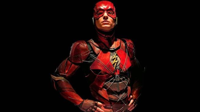 Ezra Miller nei panni di Flash in Justice League