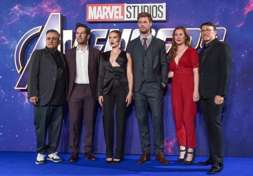 Joe Russo, Paul Rudd, Scarlett Johansson, Chris Hemsworth ed Anthony Russo alla prima di Avengers: Endgame a Los Angeles