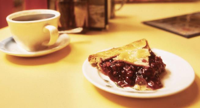 La torta di ciliegie e il caffè che piacevano a Dale Cooper