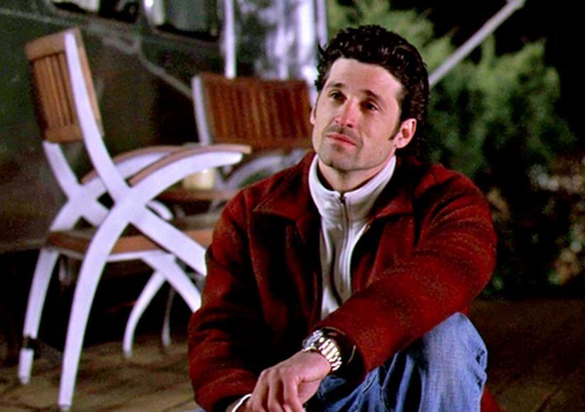 Derek davanti alla sua roulotte.