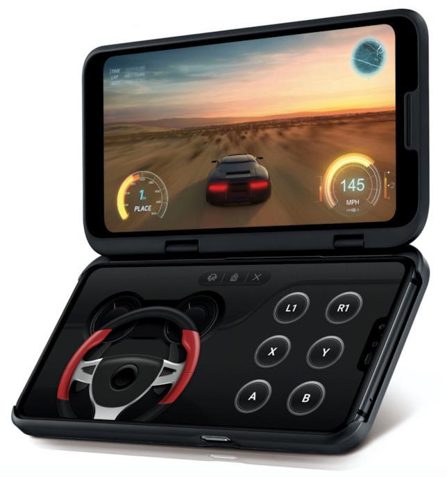 Immagine promozionale di LG V50 ThinQ con la cover con il secondo schermo