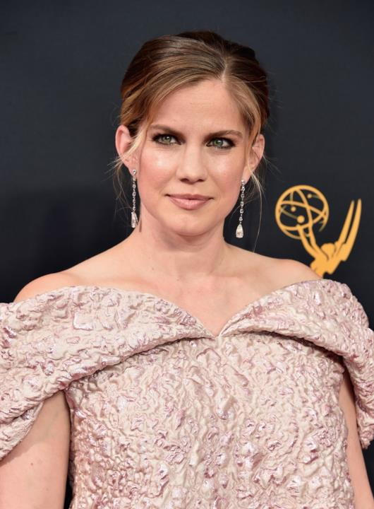 Il primo piano di Anna Chlumsky agli Emmy 2016