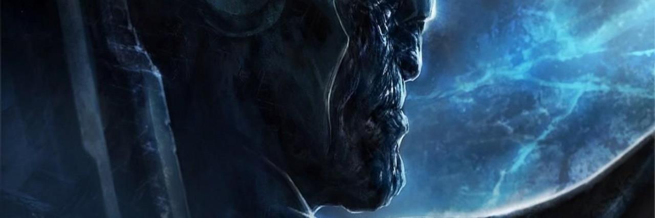Thanos visto di profilo