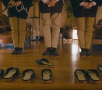 Fermo immagine del video Nissan dove le pantofole tornano da sole al loro posto