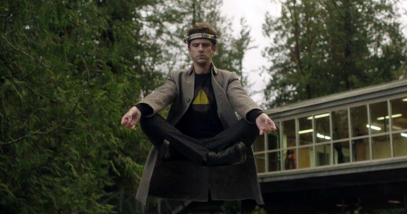 David in una scena tratta dal finale di stagione di Legion