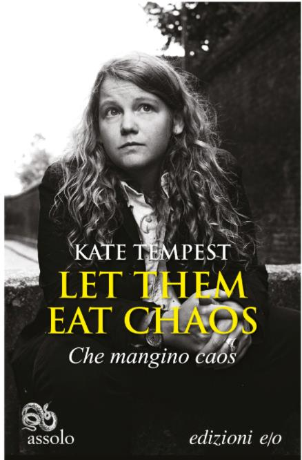 La copertina italiana di Che Mangino Caos con una foto di Kate Tempest