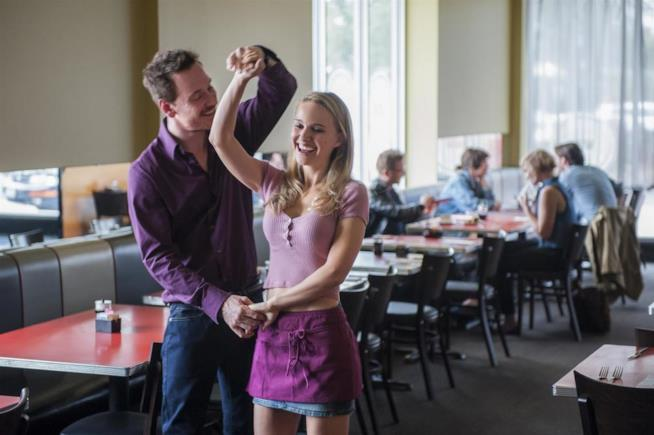 Natalie Portman e Michael Fassbender ballano in Song to Song