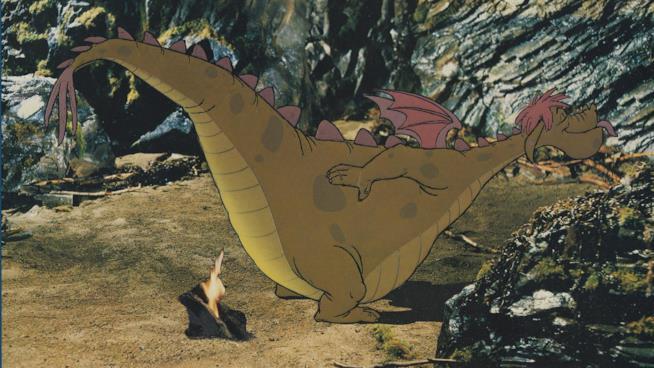 Il drago Elliott in Elliott e il Drago Invisibile