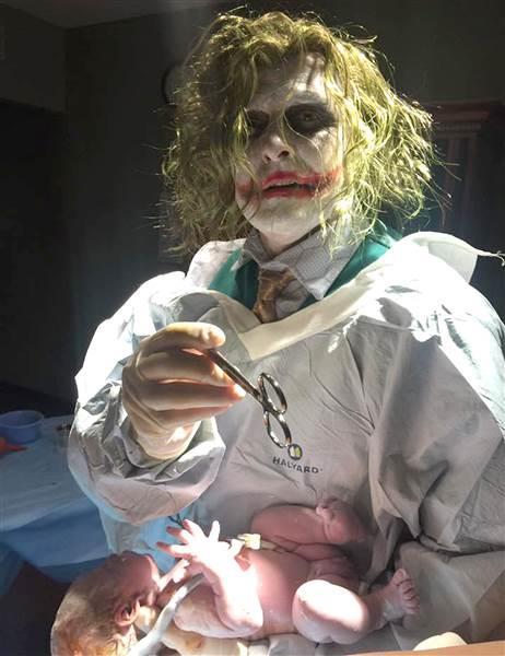 Paul Locus vestito da Joker