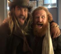 Jason Momoa e Kristofer Hivju insieme in un pub