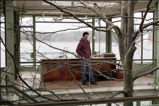 Una scena de La casa sul lago del tempo