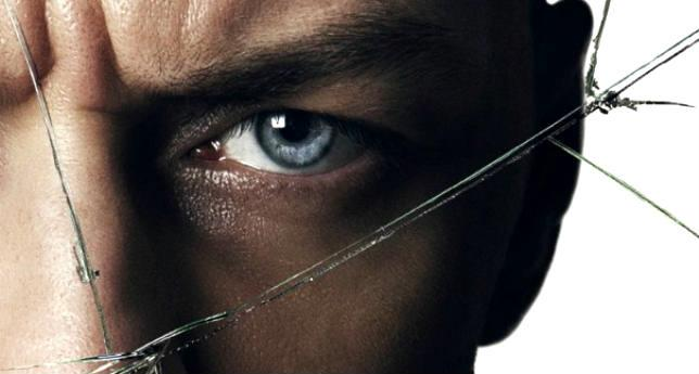 James McAvoy nel poster di Split