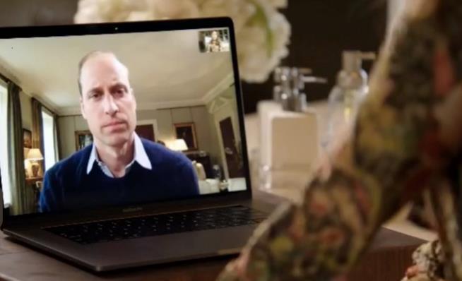 Lady Gaga chatta con il Principe William