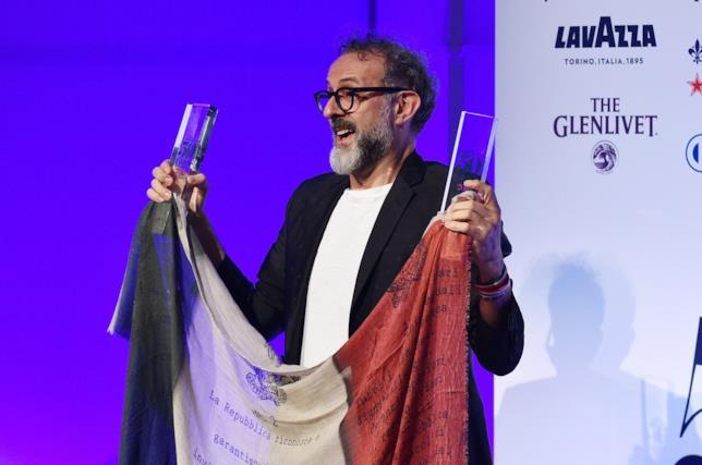 """Massimo Bottura alla premiazione di """"The World's 50 Best Restaurants"""""""