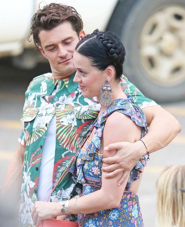 Orlando Bloom e Katy Perry teneramente abbracciati