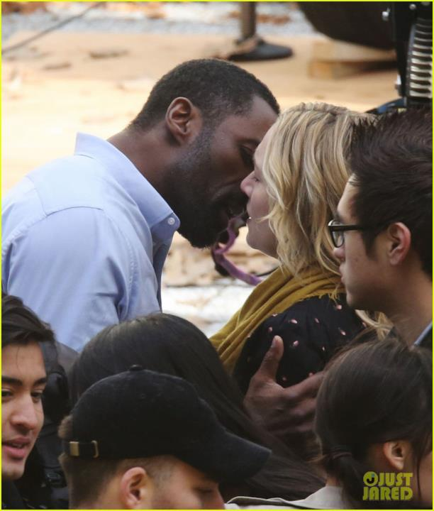 Idris Elba e Kate Winslet sul set del loro prossimo film