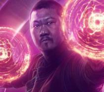 Benedict Wong in un poster promozionale di Avengers 4