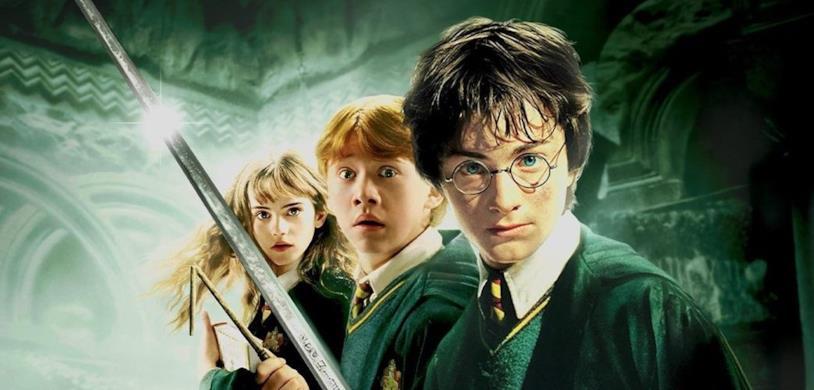 Emma Watson, Rupert Grint e Daniel Radcliffe in un'immagine promozionale di Harry Potter e la camera dei Segreti