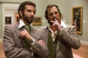 Christian Bale e Bradley Cooper in una scena del film