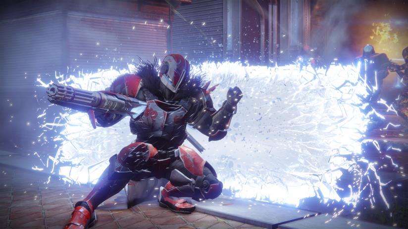 Un Titano innalza la sua barriera in Destiny 2