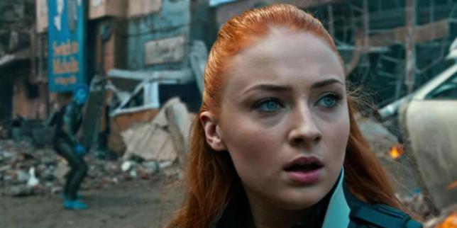 Un primo piano di Sophie Turner in X-Men: Apocalypse