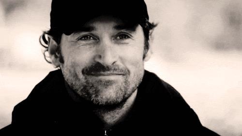 Un gif di Derek Shepherd con la barba.