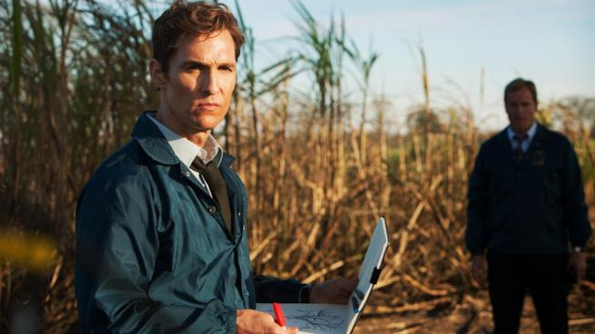 "Rustin Spencer ""Rust"" Cohle in True Detective, mentre lavora a un caso di omicidio"
