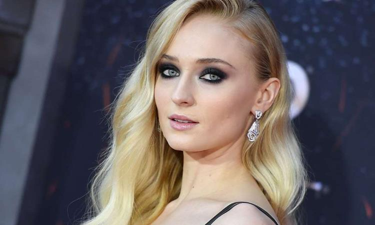 Sophie Turner alla premiere di Game of Thrones