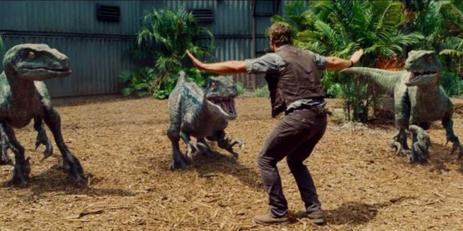 Chris Pratt e i dinosauri di Jurassic World