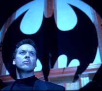 Michael Keaton è il Cavaliere Oscuro in Batman - Il Ritorno