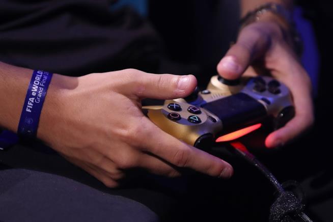 Un gamer giaponese combatte la depressione con dei bonus giornalieri, come se fosse in un gioco.