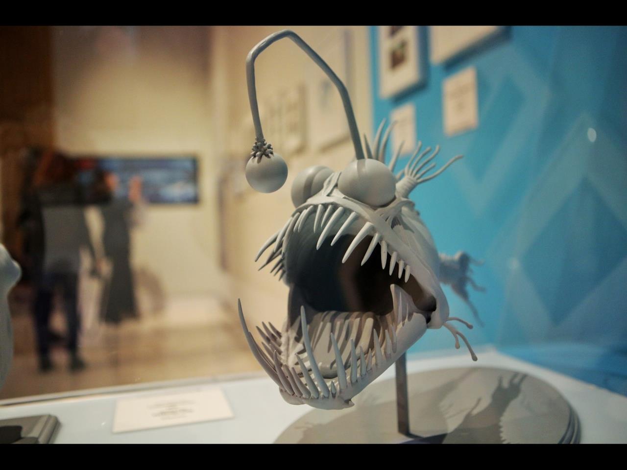 Uno dei pesci di Alla ricerca di Nemo nella mostra Pixar a Roma