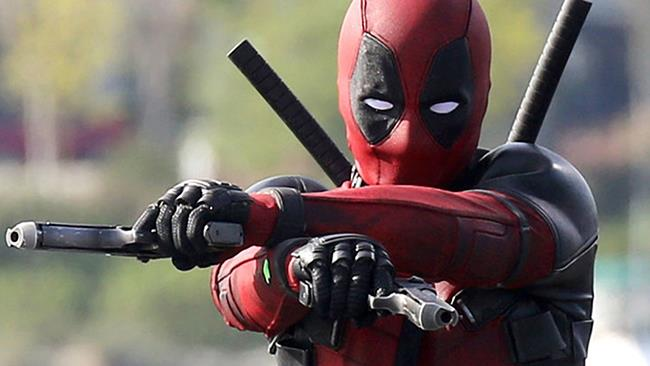 Ryan Reynolds nei panni di Deadpool