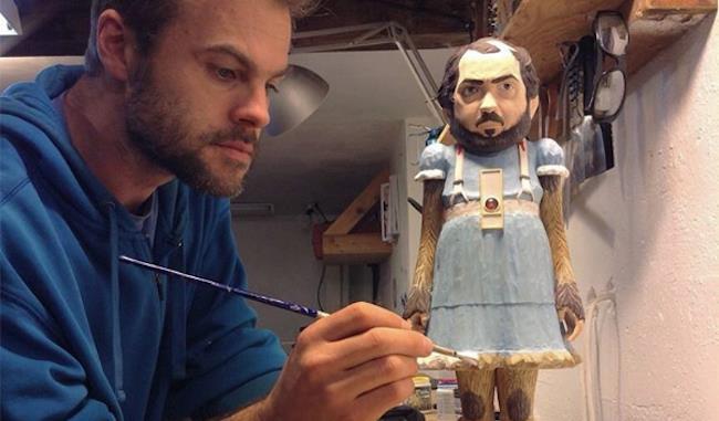 Leavitt lavora alla statua di Kubrick