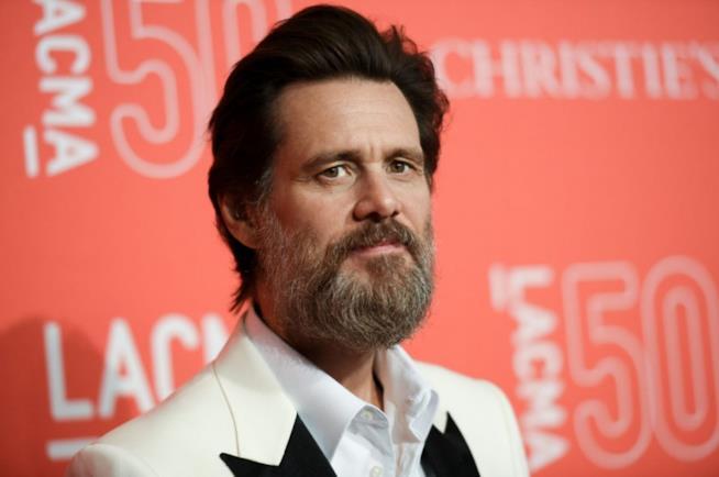 Jim Carrey contro Facebook, l'attore esorta i fan a chiudere l'account dopo aver fatto lo stesso