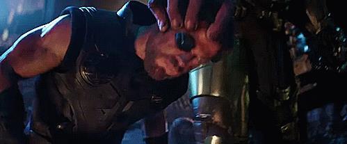 Thor in balia di Thanos nel secondo trailer di Infinity War
