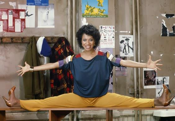 Debbie Allen nei panni della professoressa di danza Lydia Grant
