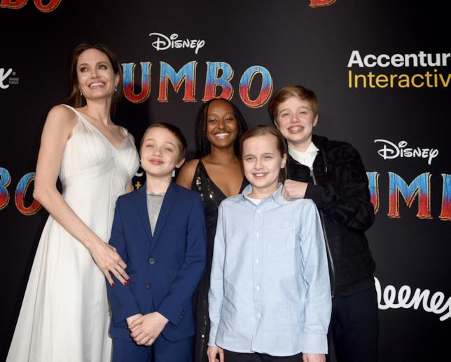 Angelina Jolie e figli Knox, Zahara, Vivienne e Shiloh