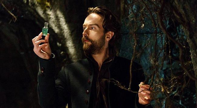 Tom Mison è Ichabod Crane in Sleepy Hollow