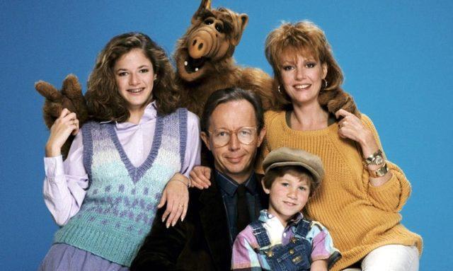 Alf e i componenti della famiglia Tanner